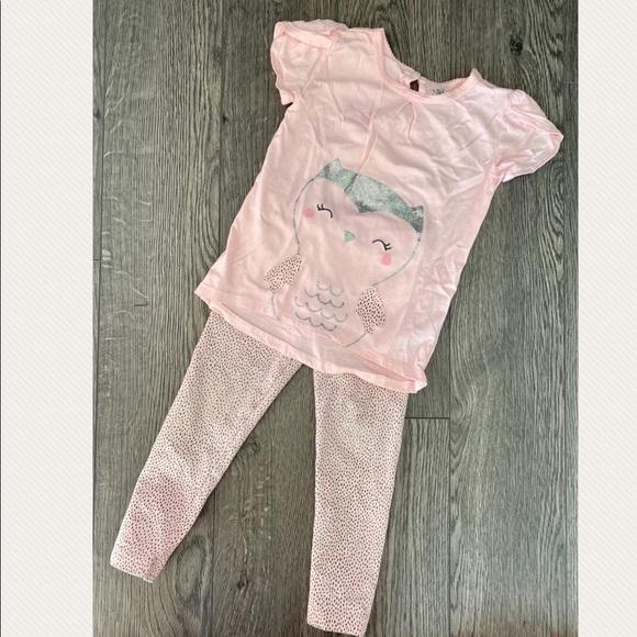 🍓3/$20🍓 Child of Mine tshirt and leggings set 4T